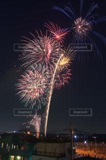 夜空の花火の写真・画像素材[1313242]