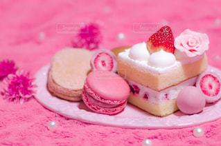 スイーツ,花,ピンク,苺,チョコ,マカロン,ショートケーキ,パール,ダクワーズ