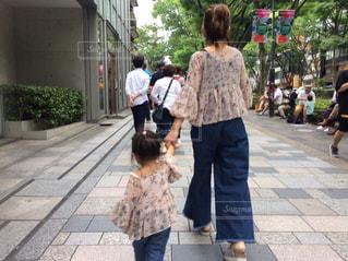 街の通りを歩く人の写真・画像素材[788042]
