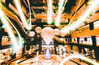 冬,気球,イルミネーション,クリスマス,クリスマスツリー,グランフロント,スローシャッター,グランフロント大阪,グランフロントクリスマス,Grand Wish Christmas 2020,Winter Voyage Tree,「Winter Voyage -世界を繋ぐ希望の旅-」