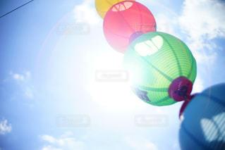 澄んだ青い空の写真・画像素材[1366109]
