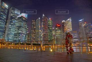 夜の街の景色の写真・画像素材[1703973]