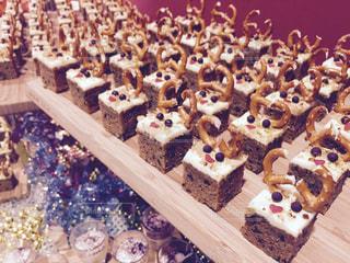 クリスマス トナカイケーキの写真・画像素材[942035]