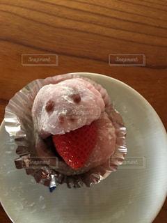 皿の上のケーキの一部の写真・画像素材[850149]