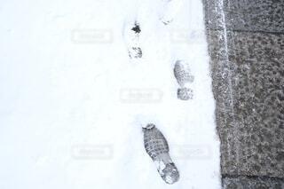 誰かの足あとの写真・画像素材[4136815]