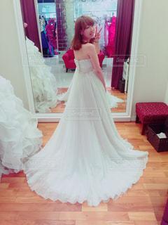 ウェディング ドレスの人の写真・画像素材[747707]