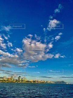 海,空,屋外,雲,青,水面,高層ビル,ハワイ,リゾート