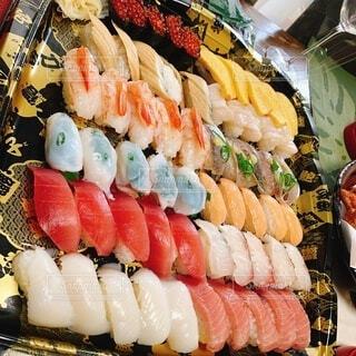 食べ物,飲み物,料理,寿司,パーティー,出前,魚介類,宅配,テイクアウト,デリバリー,お持ち帰り