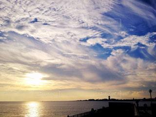 海,空,夕日,雲,海辺,夕方,旅行,夕陽,サンセット,明石海峡大橋,兵庫県,舞子