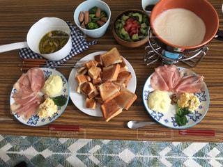 チーズフォンデュの晩御飯の写真・画像素材[775559]