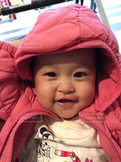 帽子をかぶっている小さな子供の写真・画像素材[867421]
