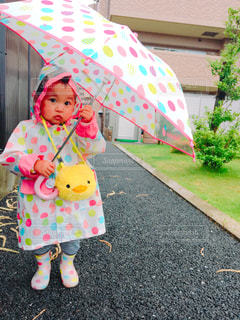 雨,傘,カラフル,子供,こども,梅雨,水玉模様,姉妹コーデ,雨の日コーデ