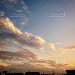 空,夕日,屋外,夕陽,夕空,夕焼け雲,ベランダより