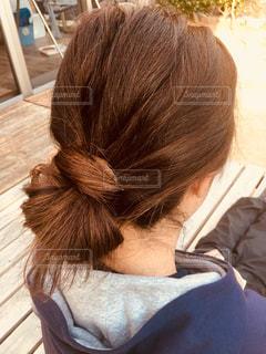 爽やかにまとめ髪の写真・画像素材[1058297]