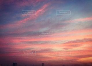 街に沈む夕日の写真・画像素材[1268883]