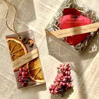 バレンタイン,アロマワックスサシェ,真っ赤なハート,チョコではなく,チョコレート風,アロマはチョコレート❤,ドライオレンジ,食べられません笑