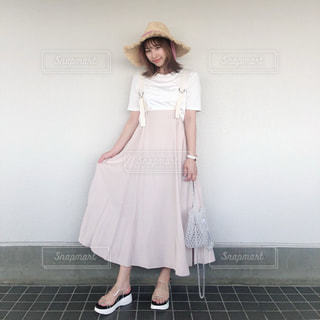 ドレスを着た女性の写真・画像素材[3509765]