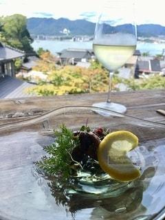 グラス,乾杯,ドリンク,ひと休み,白ワイン