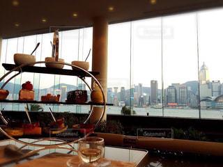 香港、インターコンチネンタルホテルのアフタヌーンティーの写真・画像素材[879691]