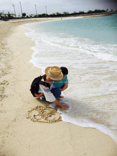 海,砂浜,海岸,人物,ママと子ども