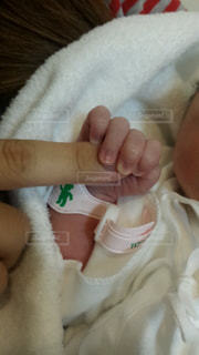 手,小さい,赤ちゃん,新生児,はじめまして,握手,ママと子供