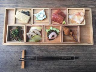 食べ物,食事,ランチ,魚,モダン,和食,刺身,和風,お皿,おばんざい,お箸