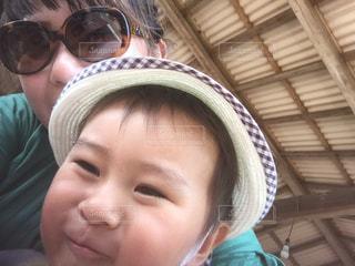 自撮り,子供,人物,人,男の子,ぶどう狩り,2歳,ママと子供