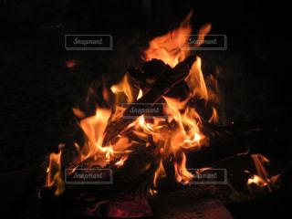 焚火の写真・画像素材[895806]