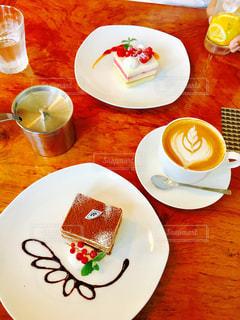 カフェ,ケーキ,コーヒー,デザート,ラテアート,スウィーツ,ティラミス,KEKU CAFE