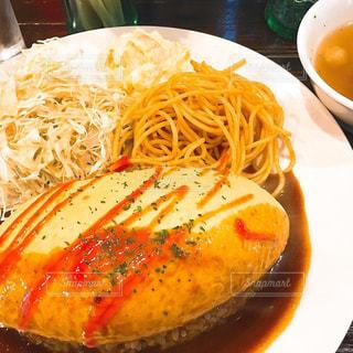 食べ物,ランチ,大阪,日本橋,美味しい,オムライス,lunch,グルメ,ワンコイン,カリモーチョ,コスパ良し