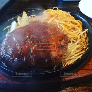 食べ物,ランチ,大阪,日本橋,美味しい,ハンバーグ,lunch,グルメ,カリモーチョ