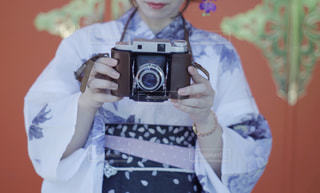 カメラにポーズ人の写真・画像素材[1023568]