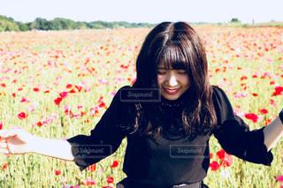花の香りに誘われての写真・画像素材[1588646]