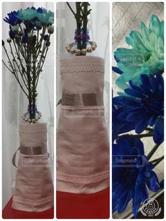 ペットボトルで作った花びんの写真・画像素材[841913]