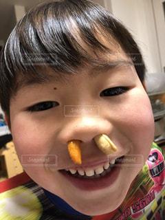 楽しい,笑顔,可愛い,美味しい,男の子,息子,笑い,柿ピー