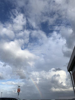 雲で虹が消えたの写真・画像素材[2423822]
