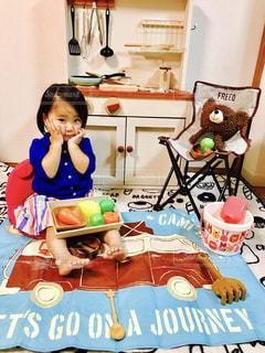 子供,女の子,おもちゃ,おいしい,遊び,ままごと,ジェスチャー