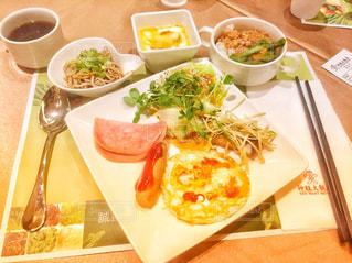 台北のホテルの朝食の写真・画像素材[805442]