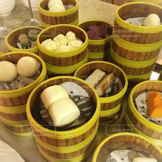 中国の中華まんと蒸し野菜の写真・画像素材[819820]