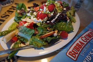 カリフォルニアで食べたイチゴサラダ - No.824526