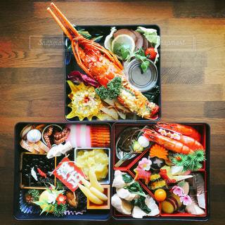 料理の種類でいっぱいのボックスの写真・画像素材[946946]