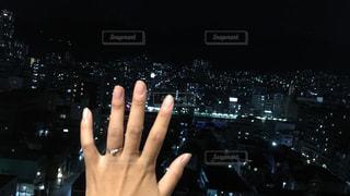 夜景,婚約指輪,ジェスチャー,全力でパー