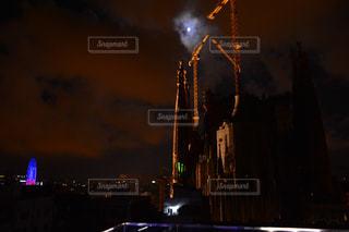 夜のバルセロナの写真・画像素材[807134]