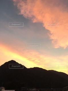 伊豆長岡にて見た夕日の写真・画像素材[773501]