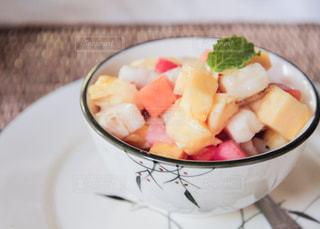 食べ物,デザート,フルーツ,果物,皿,リゾート,カンボジア,シェムリアップ,ボウル,旅ご飯,クメールフレンチ