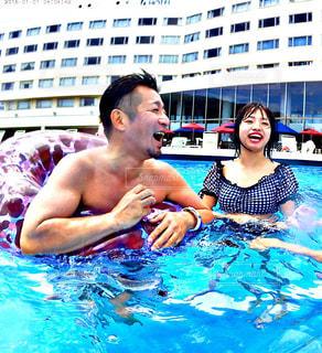水のプールの人の写真・画像素材[1247902]