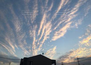 雲,青空,夕暮れ,秋晴れ,夕焼け雲,秋の空,秋の雲,筋雲,秋の夕暮れ,流れる雲,秋空♡