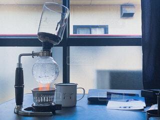 カフェ,屋内,リラックス,家具,おうちカフェ,ドリンク,おうち,ライフスタイル,コンピューター,テキスト,ノート パソコン,おうち時間