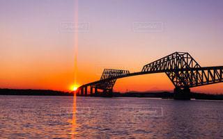 夕暮れの東京ゲートブリッジを鮮やかにレタッチの写真・画像素材[3337797]