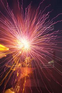 空に花火の写真・画像素材[1321276]